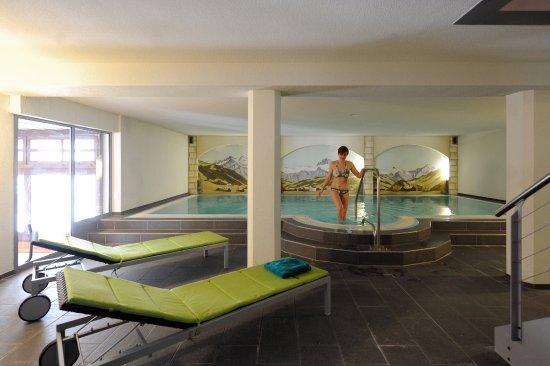Hotel Krone : Das hoteleigene Hallenbad wird nicht nur von Familien mit Kindern sehr geschätzt.
