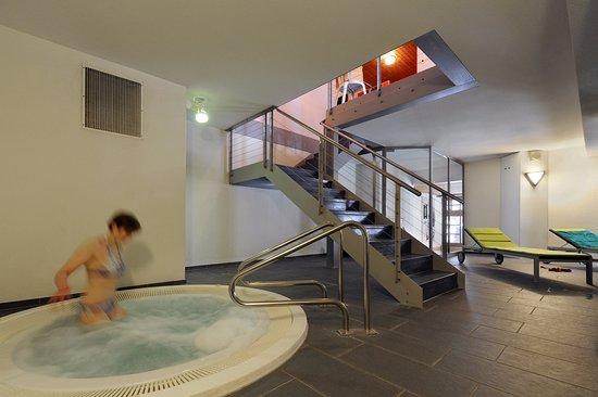Hotel Krone: Entspannende Momente im hoteleigenen Whirlpool geniessen.
