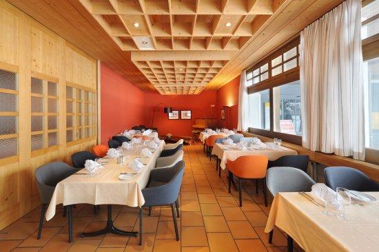 Hotel Krone : Der schöne Saal kann auch für Familien und andere private Feste genutzt werden.