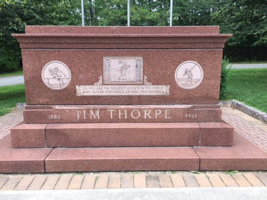 Jim Thorpe Memorial : GOAT