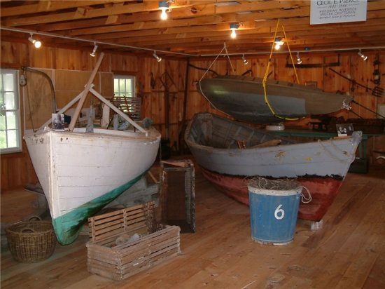 Hendricks Hill Museum: The boat shop displays boats, tools and fishing gear.