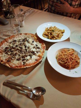 Piano Italian Restaurant : Pizza and Pastas