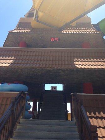 Royal Dragon Hotel: photo1.jpg