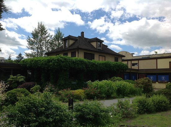 Fort Langley, Канада: #2. Jacob Haldi House (Beside the Jacob Haldi Bridge)