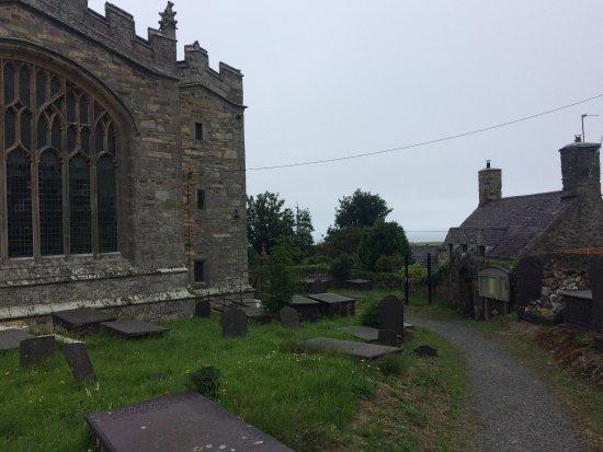Clynnogfawr, UK: St Beuno's Church