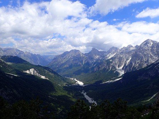 Prokletije Mountains: Theth - Valbona