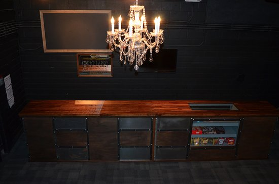 Cleveland Heights, Ohio: The Bar at Dobama Theatre