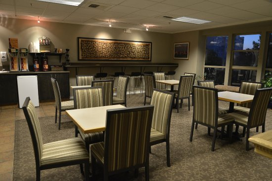 The Madison Inn by Riversage: Breakfast Seating