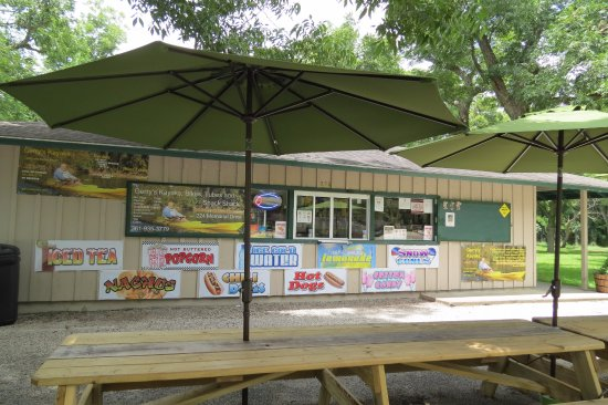 Gerry's Kayaks: Snack shack