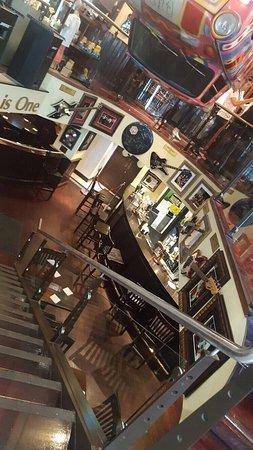 Hard Rock Cafe: photo2.jpg