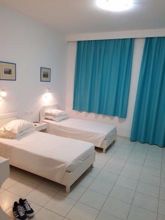 Romanza Studios: Room 4