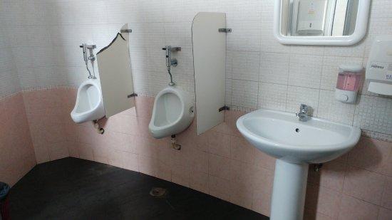 Sciacquone bagno picture of terminal sala srl sala consilina tripadvisor - Sciacquone bagno ...