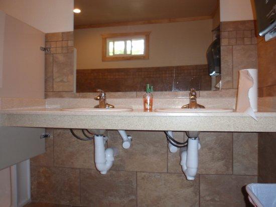 Egg Harbor, WI: beautiful bathrooms