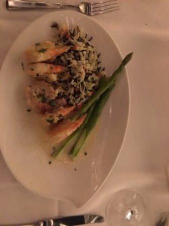 Atlantis Steakhouse at Atlantis Casino Resort Spa: Prawns & Asparagus