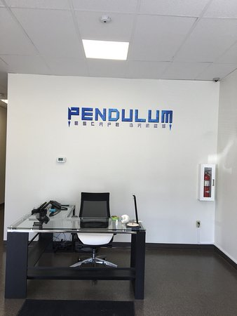 Pendulum Escape Games