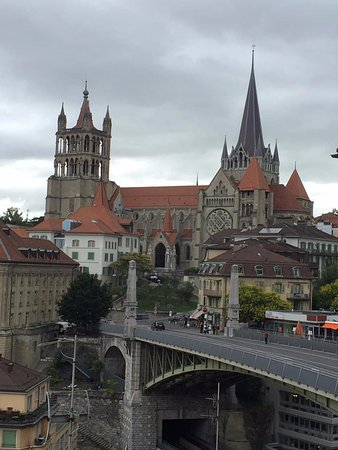 Swiss Wine by Fassbind : Cathedral