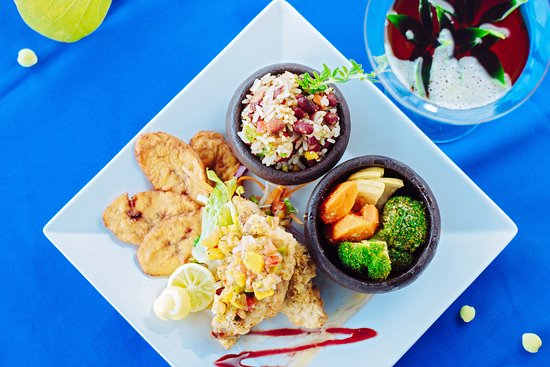 Bay Gardens Beach Resort: Specialty Meals