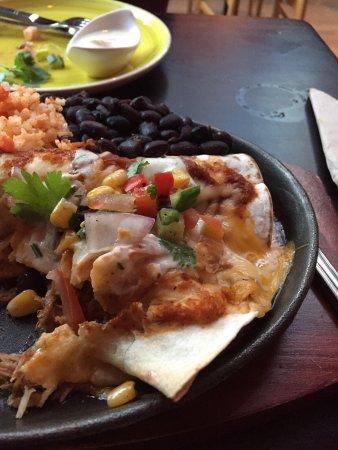 Margarita's Casa Mexicana: Medium hotta enchiladas som höll på att ta livet av mig. :) Fast det var gott.