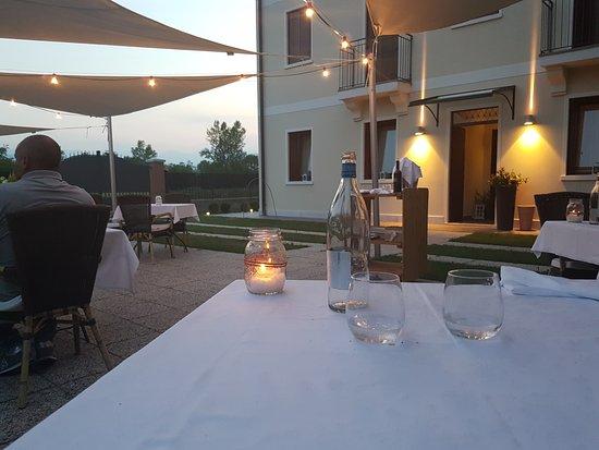 Zane, Italien: vista esterna