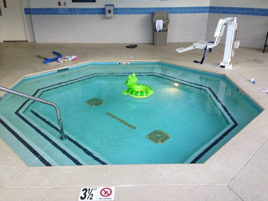 Four Points by Sheraton Nashville-Brentwood: Children,s pool