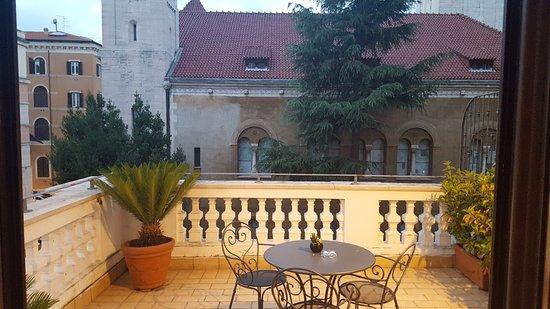 Hotel Villa Pinciana: Beautiful terrace