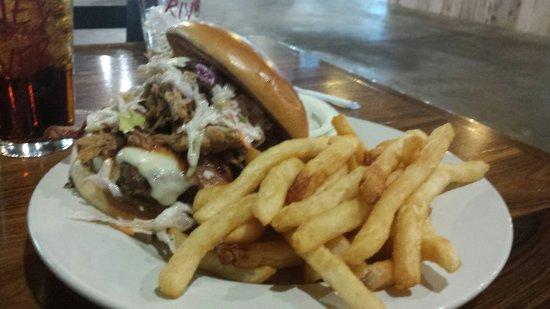 West Plains, MO: Savor Grill