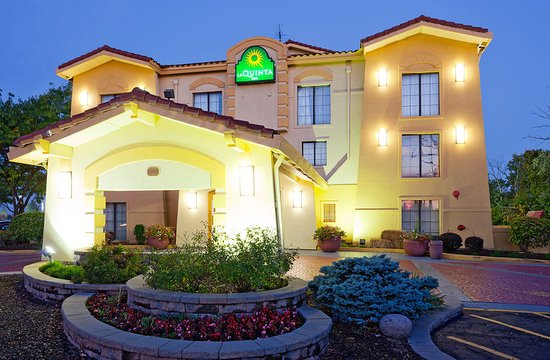 La quinta inn chicago o 39 hare airport from 75 8 0 - Wyndham garden elk grove village o hare ...