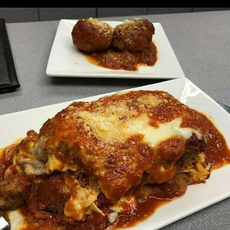 Totowa, NJ : Homemade Lasagna