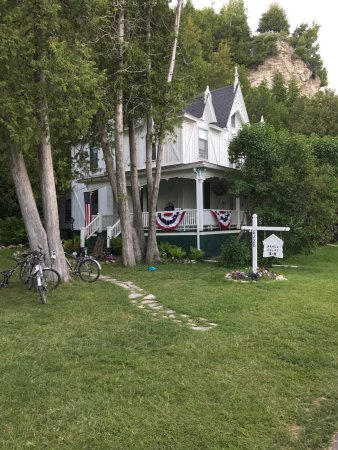 Small Point Bed Breakfast Mackinac Island