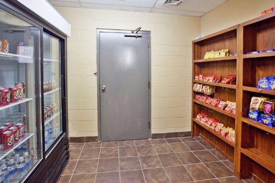 La Quinta Inn & Suites Memphis Airport Graceland: PropertyAmenity