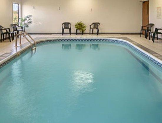 Americas Best Value Inn- Galesburg : Pool
