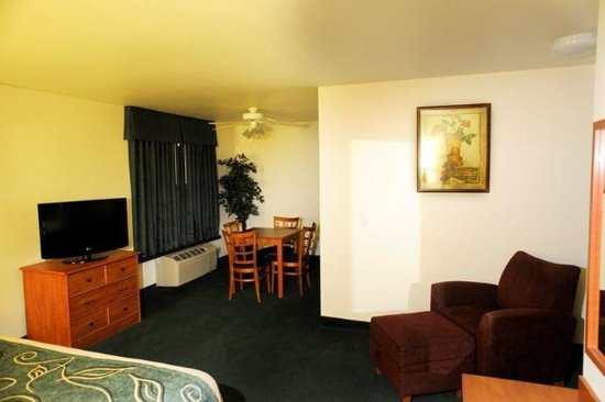 Oak Tree Inn Rawlins: Suite