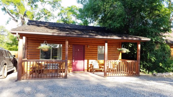 Austin 39 s chuckwagon lodge and general store updated 2017 for Torrey utah lodging cabins