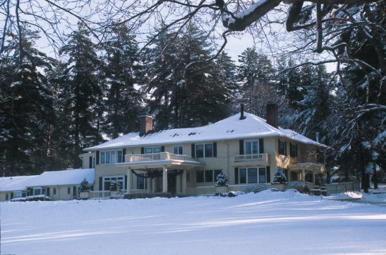 Holderness, NH: Exterior View