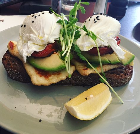 Le Monde Cafe Surry Hills Review