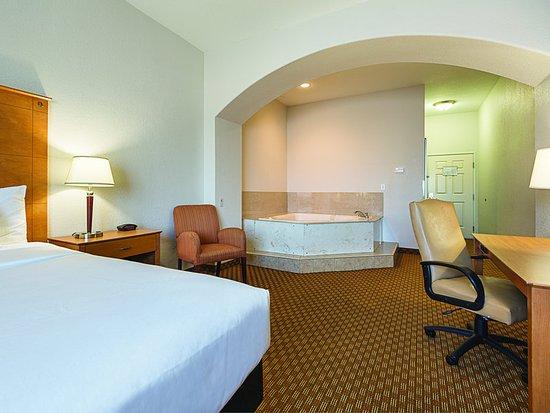 Alvarado, Техас: Guest Room