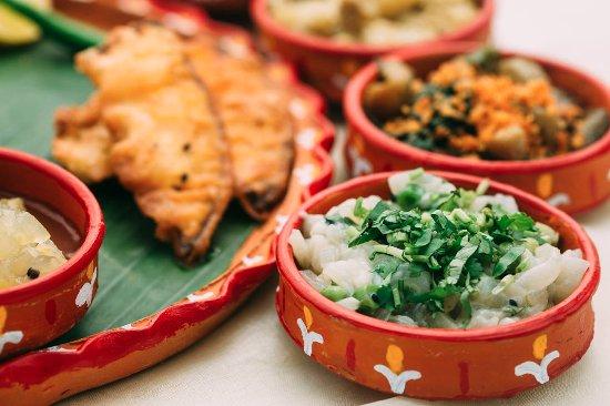 Authentic bengali tasting menu in kolkata traveling spoon authentic bengali tasting menu in kolkata traveling spoon forumfinder Choice Image