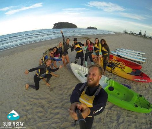 Whangamata, Nueva Zelanda: Guided group to explore Whenuakura (Donut Island)