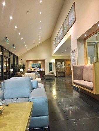 Ballyroe Heights Hotel: photo1.jpg