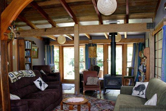 วางกานูอี, นิวซีแลนด์: Ruru Lodge lounge area
