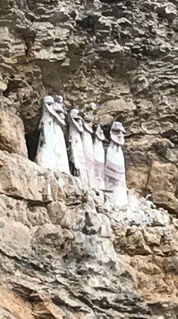 Sarcofagos de Karajia: photo0.jpg