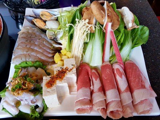 Osaka japanese cuisine japanese restaurant 8095 macon for Asian cuisine cooking techniques
