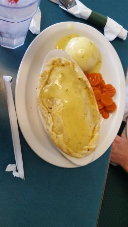 Salina, UT: Chicken pot pie - not so great