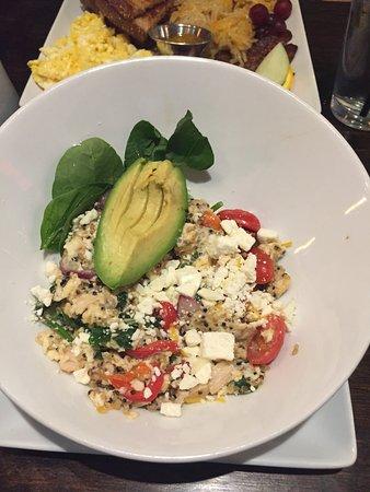 Cottonwood, Αριζόνα: Egg White Protein Bowl with Avocado