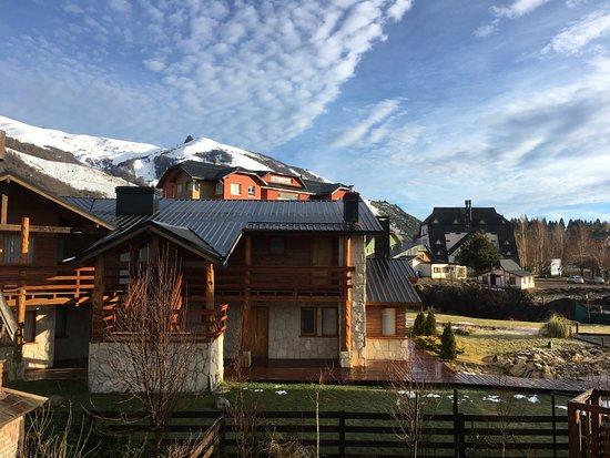 Ski Sur Apartments: vista do chalé