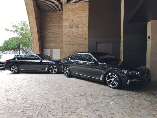 Astra Chauffeur Drive 2017 Bmw 7 Series M Sport
