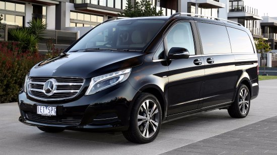 Mercedes benz vianno 7 seater foto di astra chauffeur for Mercedes benz seven seater