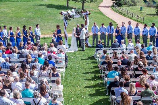 Shining Mountain Golf Course: Wedding ceremony!