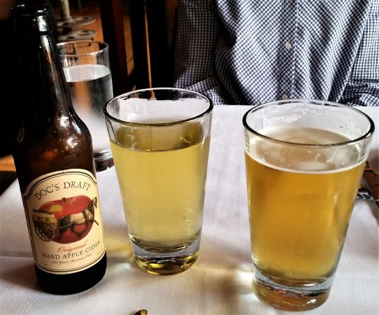 Ballston Spa, NY: Very appley cider & Mill House Köld One Kölsch.