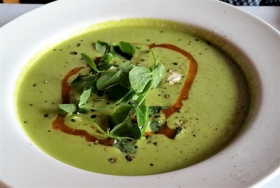 Ballston Spa, NY: Chilled green pea soup.